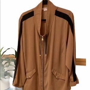 Gorgeous & Classy ladies light jacket